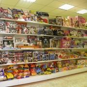 Оборудование магазинов для детей - стеллажи,  витрины. прилавки