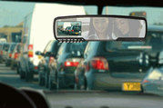 Зеркало заднего вида с двумя скрытыми камерами – обзор дороги и салона