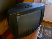 цветной б/у телевизор с диагональю 54 см