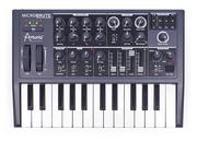 Продам аналоговый синтезатор Arturia Microbrute