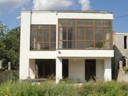 Новый дом в центре Чубаевки.