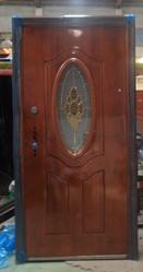 Продам двери металлические со стеклом
