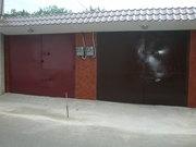 продам гараж на охраняемой стоянке  на ул. Ген. Петрова.