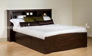 Двуспальная кровать Марко из натурального дерева