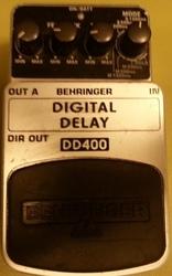 Продам педаль для гитары дилэй Beringer DD 400