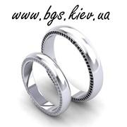Обручальные кольцо белое золото с бриллиантом
