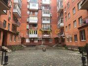 Продам трехкомнатную квартиру в Центре,  Книжный пер.