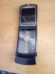 Продам недорого  не рабочий  Motorola RAZR V3xx раскладушка.