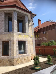 Продам дом из красного кирпича Совиньон