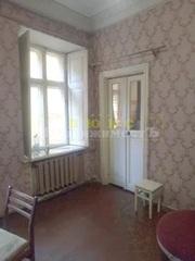 Продам трехкомнатную квартиру ул. Старопортофранковская