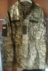 Продам военную форму 52 р.мужские куртки и брюки комуфляжные, головные уборы, сумку.
