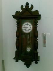 Продам старинные настенные часы Густав Беккер