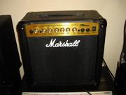 Продам комбик MARSHALL MG15CDR